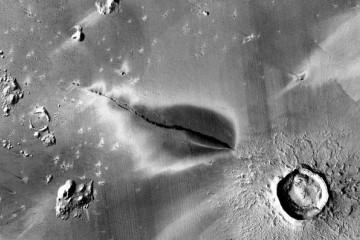 火星发现近期火山喷发证据暗示火星地表下可能存在生命